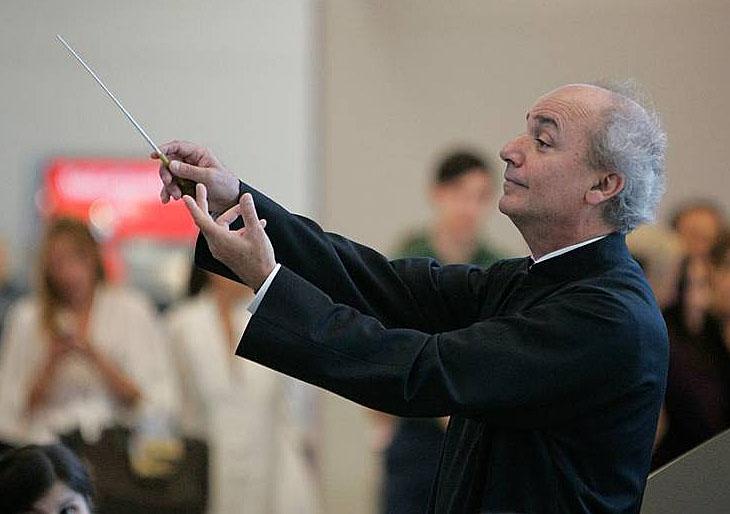 La Orquesta Sinfónica de Miami bajo la batuta de Eduardo Marturet honra la Steinway