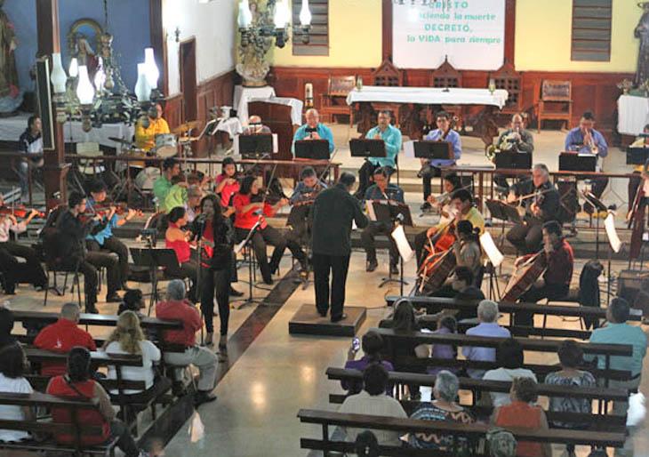 Orquesta Municipal de Caracas llevó el Alí Sinfónico al 23 de Enero