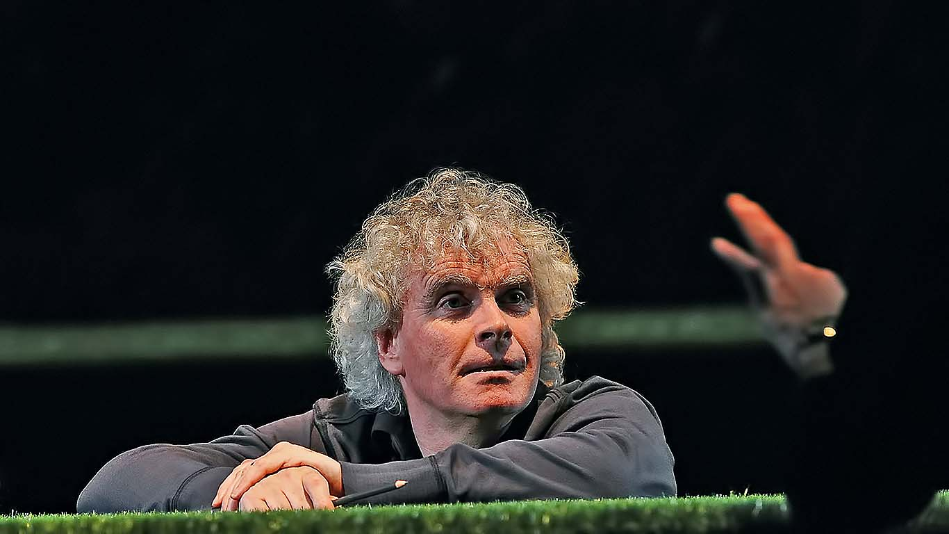 Filarmónica de Berlín aplaza por un año la elección del sucesor de Rattle