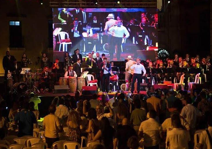 La Orquesta LatinoCaribeña armará una inolvidable Fiesta Latina