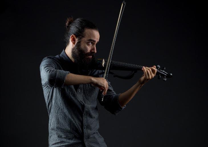 Monoplancton y el sonido de su electro violín hipnotizarán a Valencia