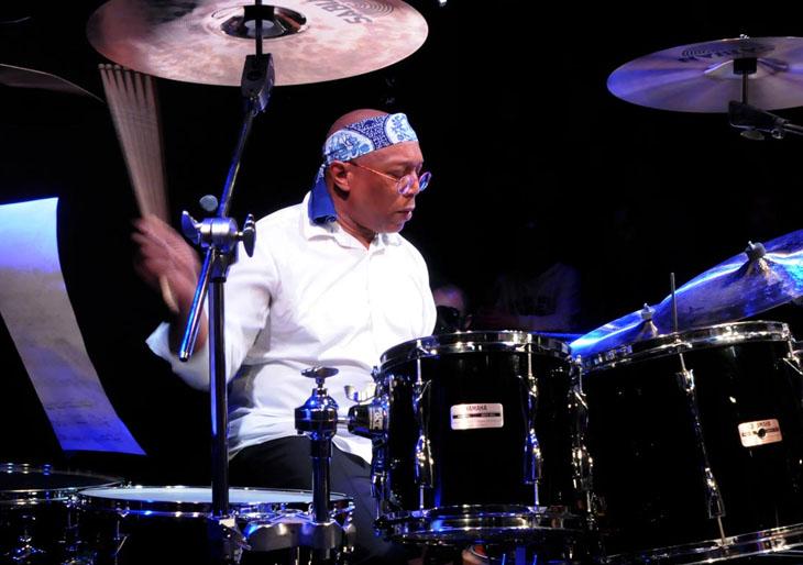 """""""El baterista es un músico, no sólo un acompañante de sus compañeros músicos"""""""