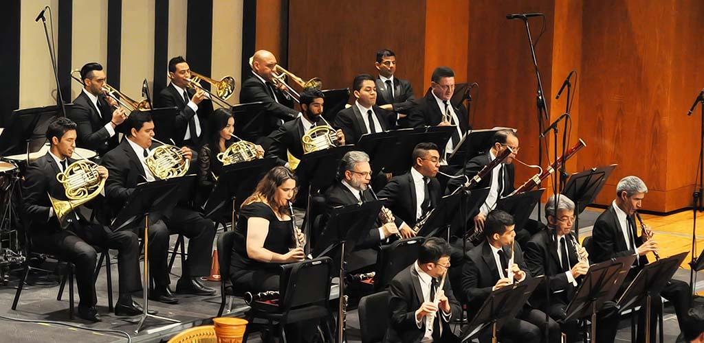 Orquesta Sinfónica de Venezuela, concierto aniversario bajo la batuta de Carlos Riazuelo