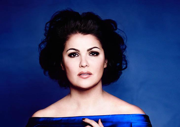 La soprano rusa Anna Netrebko inaugura el lunes el ciclo Palau 100