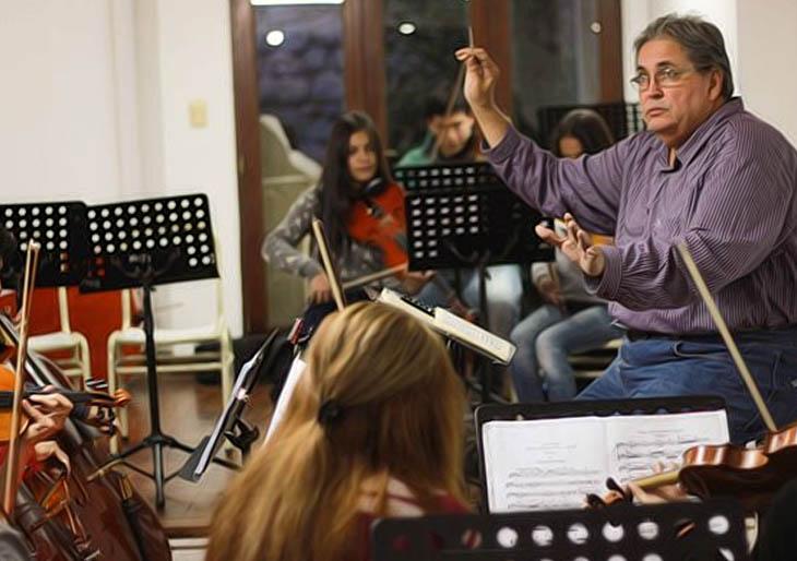 Felipe Izcaray debuta al frente de la Orquesta Mozart en Argentina