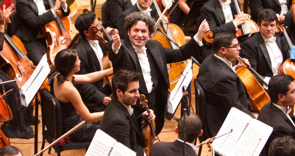 Gustavo Dudamel dirige La Bohéme en Caracas antes de presentarla en Milán
