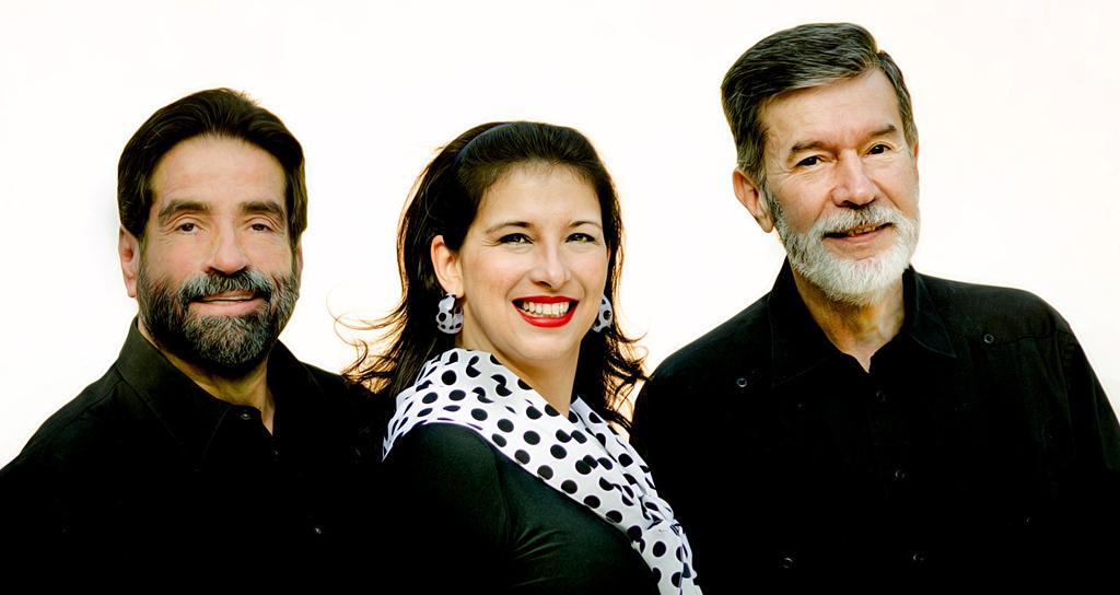 Por los Senderos de Iberoamérica en el Salón Siglo XXI