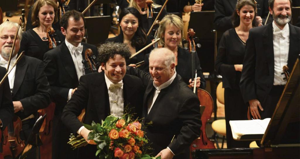 Barenboim graba de nuevo los Conciertos de Brahms, ahora con Gustavo Dudamel