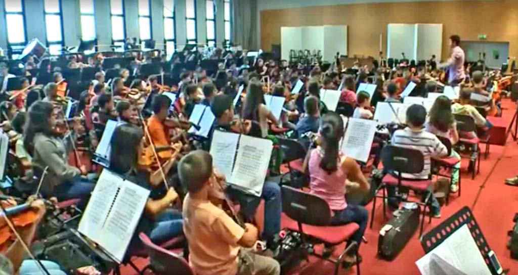 #ElSistemaEnMilan La Sinfónica Nacional Infantil de Venezuela preparándose para su debut internacional