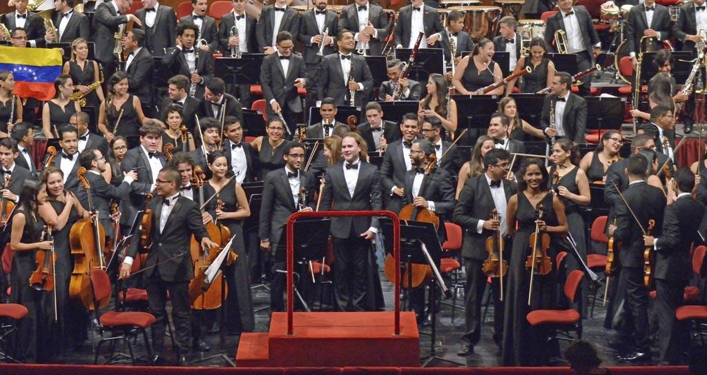 "Sinfónica Juvenil ""Teresa Carreño"" ofrecerá conciertos en China"
