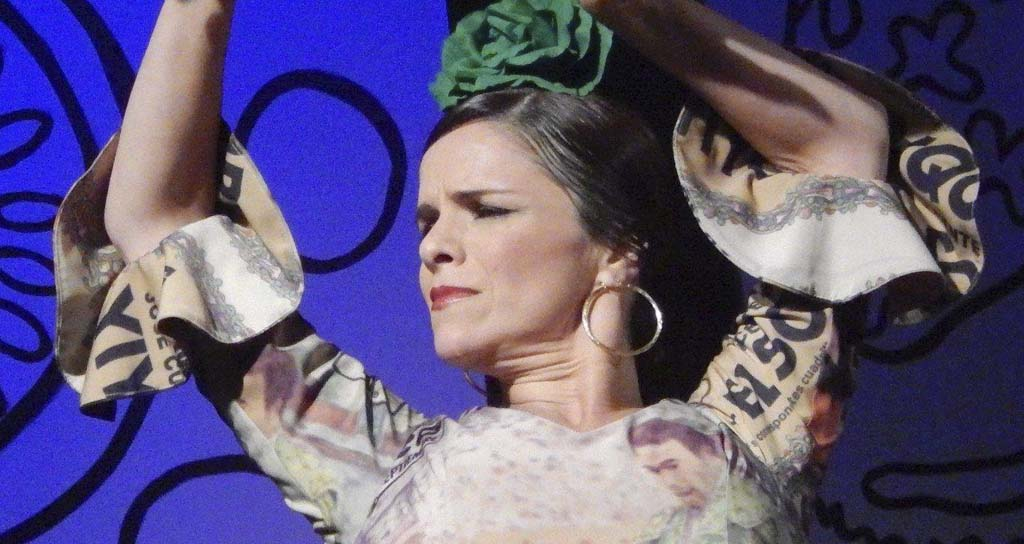 Daniela Tugues danza MESTIZA en el Teatro Trasnocho