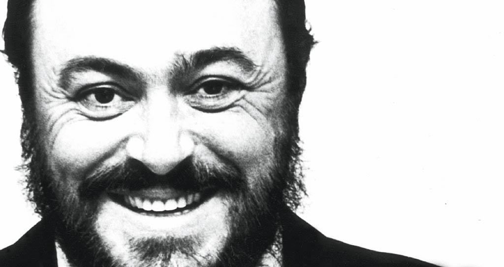 Recordarán a Luciano Pavarotti con conciertos y exposición en Italia