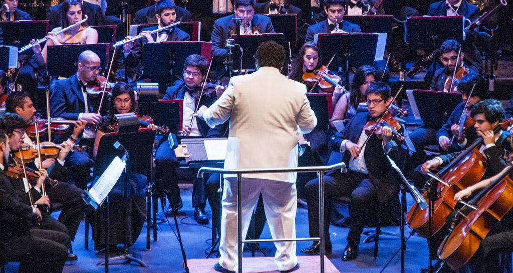 Gerardo Estrada conquista los corazones paraguayos