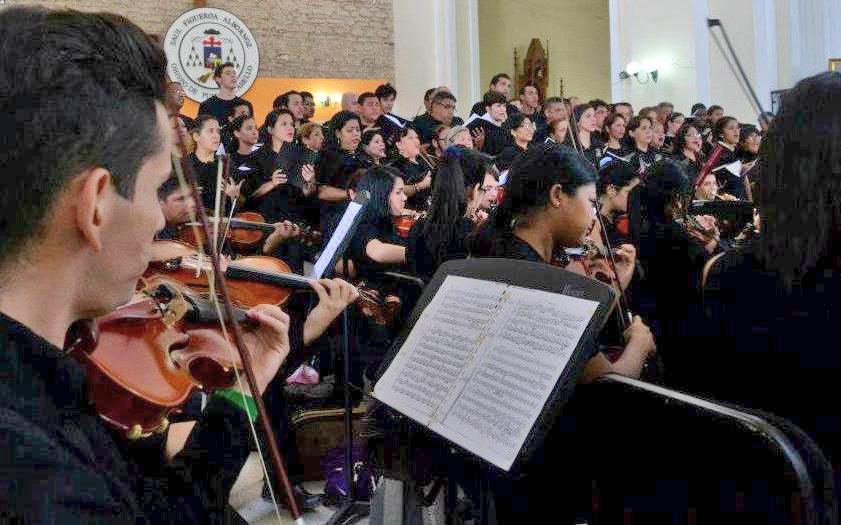 La Orquesta Sinfónica de Falcón y la Agrupación Polifónica Coral Falcón presentarán en el Teatro Armonía de Coro un concierto en homenaje al Cantor del pueblo.