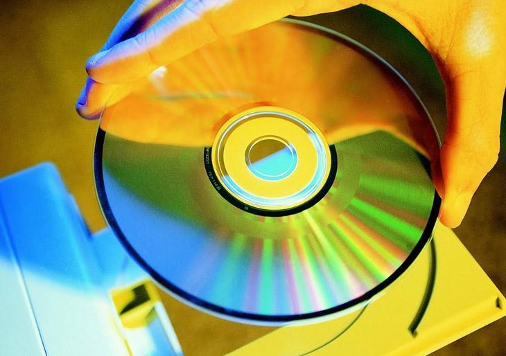 El CD cumple 33 años en medio de su peor crisis de ventas