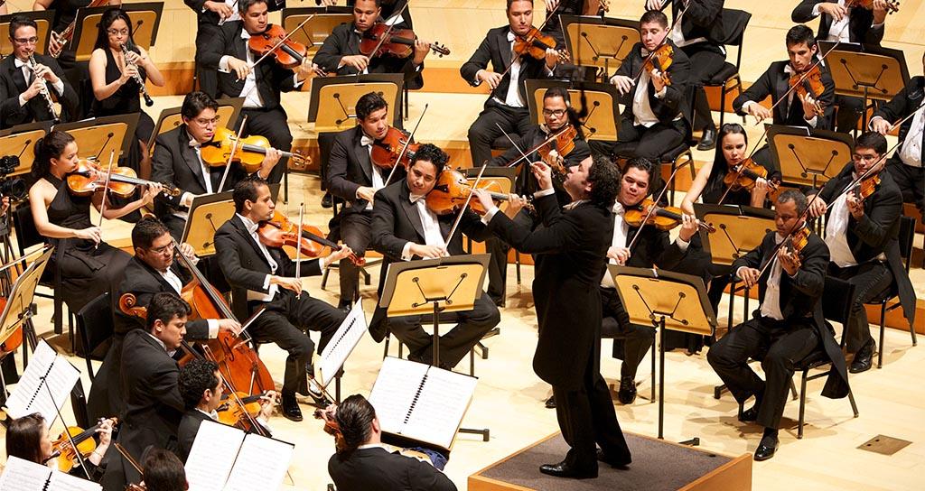 Beethoven se aplaude de pie y a casa llena