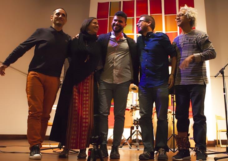 """Cantautor venezolano José Delgado presenta con lleno total del Bolívar Hall de Londres su nuevo disco """"Algo"""""""
