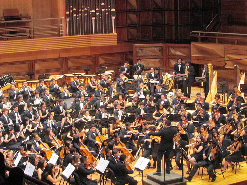 """Con el """"Titán"""" de Mahler la Orquesta Sinfónica Juvenil del CMSB celebra los 41 años de El Sistema"""