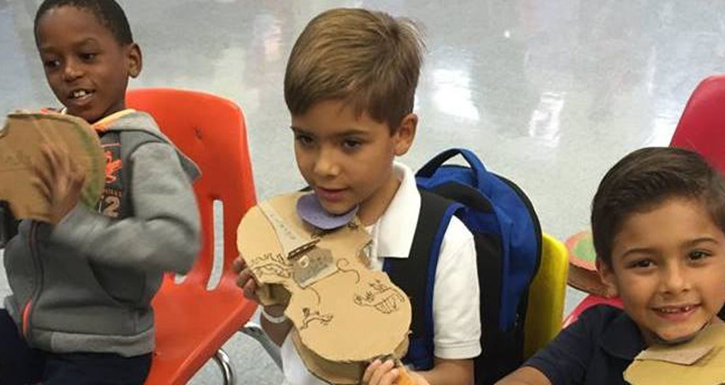Niños de Miami aprenden música en centro inspirado en El Sistema venezolano