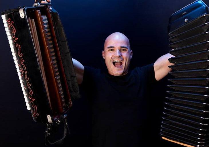 «No me dieron un Grammy por el acordeón sino por el nivel musical»