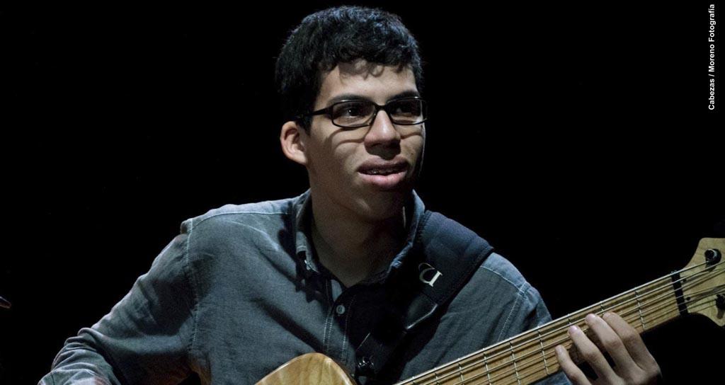 Una nota en contrabajo le cambió la vida a Gustavo Márquez