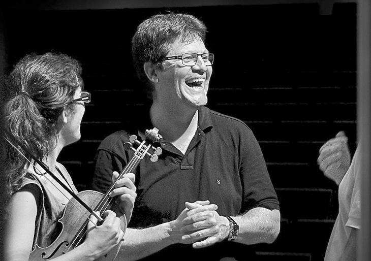 Crítica: Manuel Hernández Silva dirige obras de Bernstein