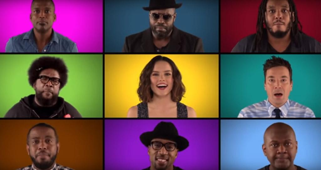 Chewbacca y los robots cantan la canción de 'Star Wars' a capela