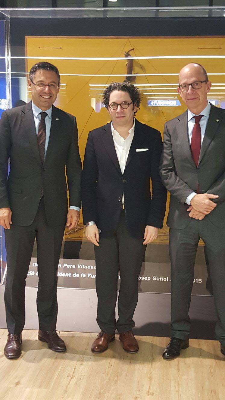 ¡Qué partido! Con el presidente del FC Barcelona Josep Maria Bartomeu y el vicepresidente Jordi Cardoner i Casaus