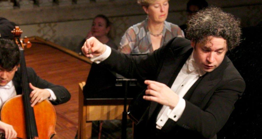 Dudamel enardece al Palau con el canto de amor de 'Turangalila'