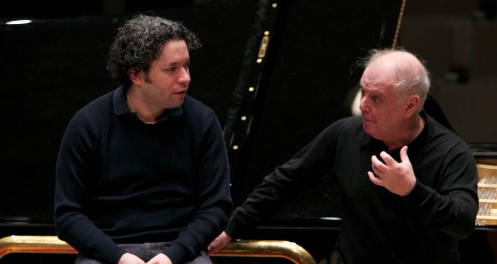 Daniel Barenboim celebró 60 años de carrera internacional con la Orquesta Sinfónica Simón Bolívar y Gustavo Dudamel