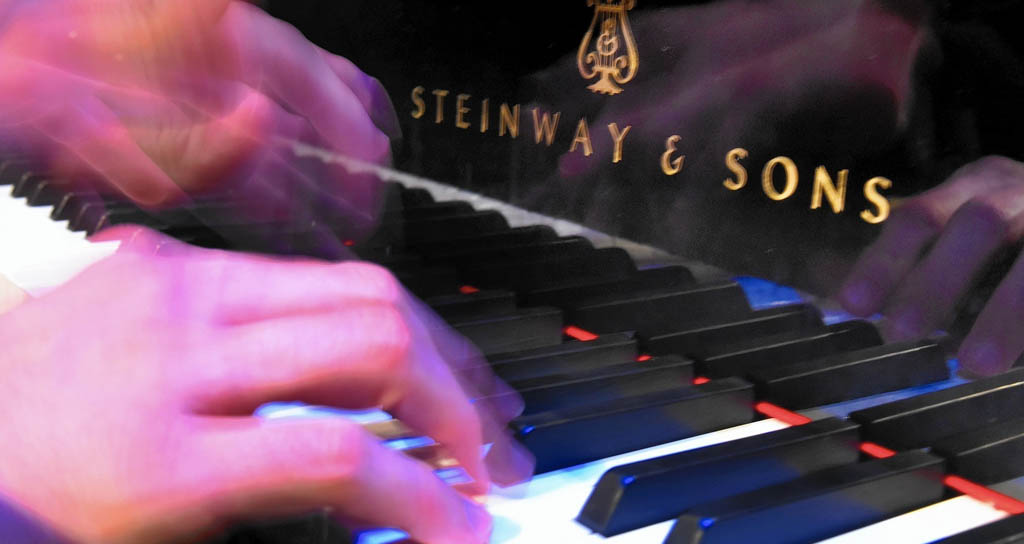 Silvia Parra y Sylvia Constantinidis juntas en el Steinway Recital Hall de Florida