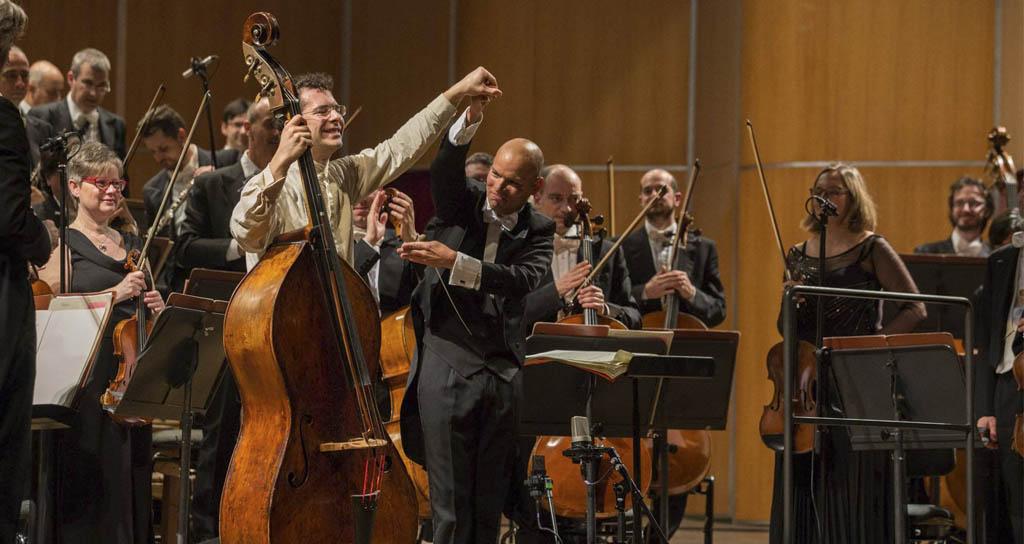 Galería de imágenes | Dietrich Paredes y Edicson Ruíz junto a la Orquesta de la Toscana en Florencia