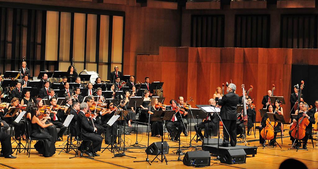 Gala de boleros para enamorados con la Filarmónica
