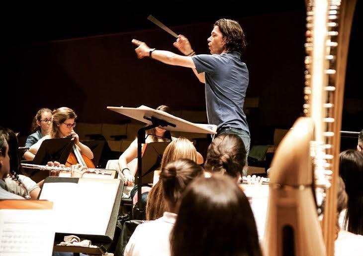 Bram Sniekers: Dirigir la Orquesta Sinfónica de Venezuela es un lujo