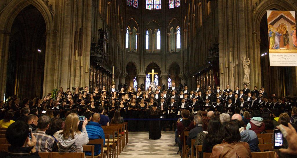 La Coral canta por primera vez en el Palacio de Versalles