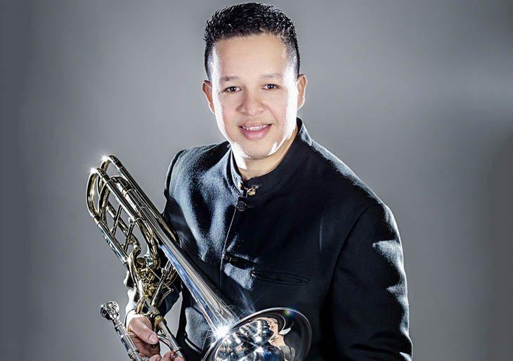 Obeed Rodríguez con la Sinfónica se hace arte en una forma muy espontánea