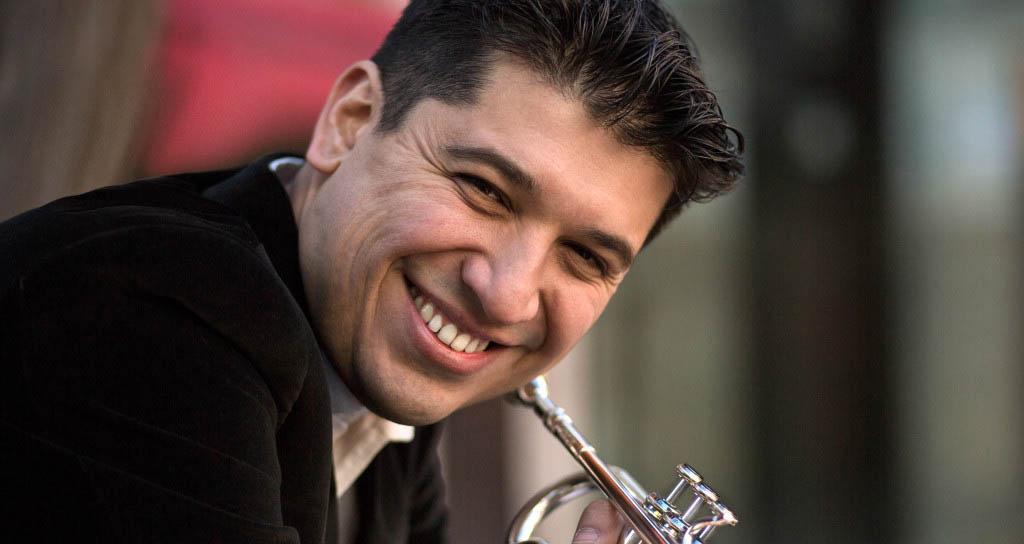 El trompetista Pacho Flores sustituye a Ole Edvard Antonsen en el concierto de la Sinfónica de Tenerife