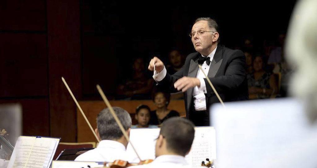 """La Sinfónica de Uncuyo estrena """"La música que sorprendió al mundo"""" bajo la batuta de Rodolfo Saglimbeni"""