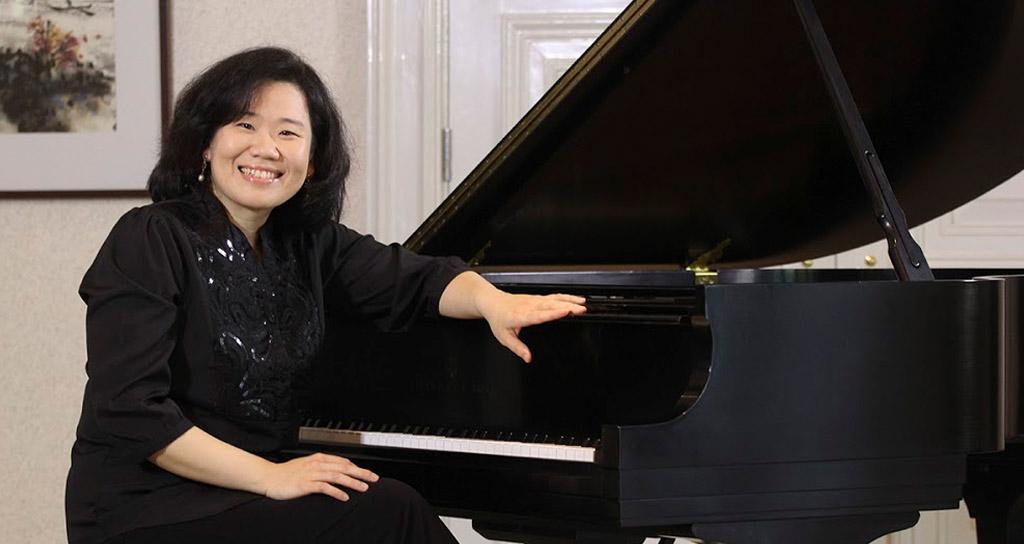 El piano de Claudia Yang se escuchará por primera vez en Caracas