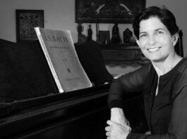 Ana María Raga
