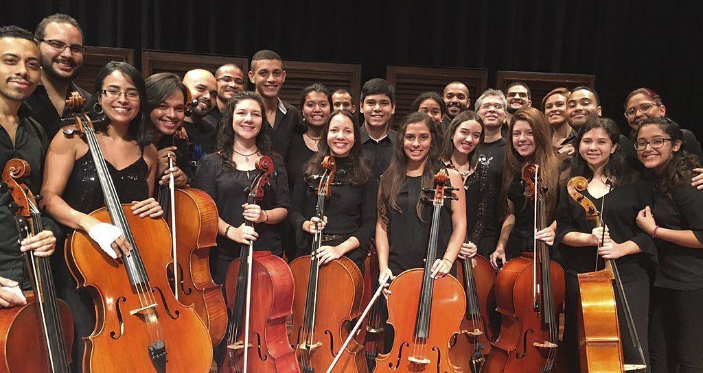 22 cellistas se presentarán como parte del Festival de la Escuela Mozarteum