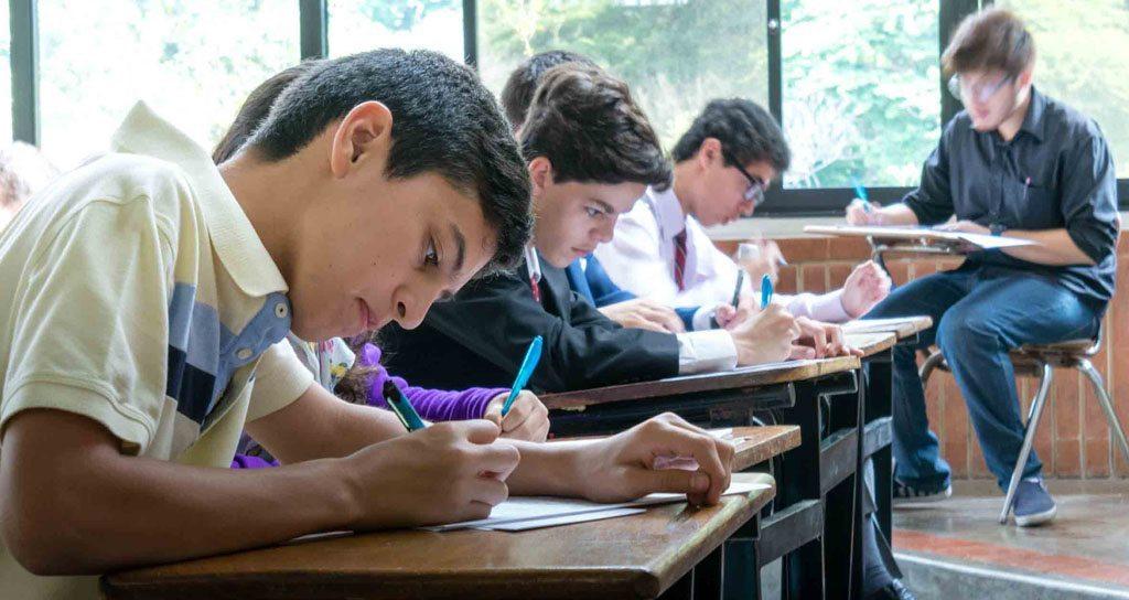 La Fundación Bancaribe y la Academia Nacional de la Historia respaldan la primera Olimpíada de Historia para estudiantes de bachillerato