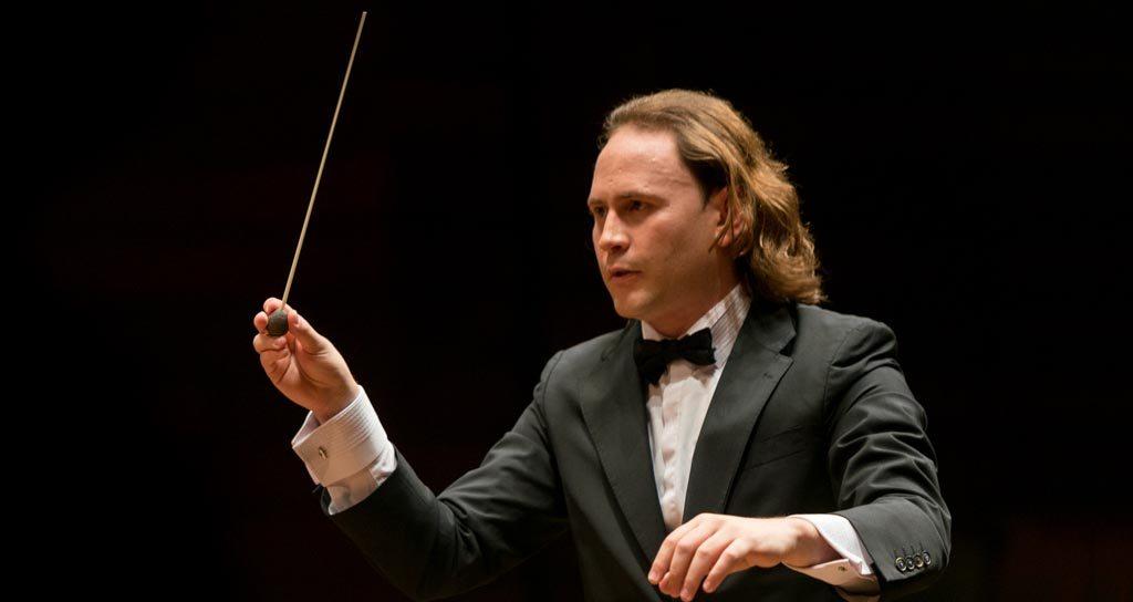 "Christian Vásquez dirige ""una experiencia multisensorial"" con la Carmina Burana"