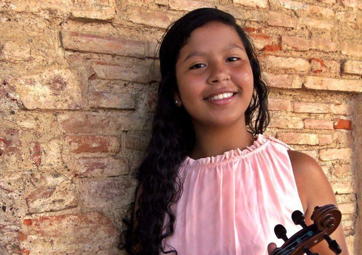 Ana Patricia López interpretará el movimiento Allegro moderato del Concierto N.2 en Re menor para violín y orquesta de Sphor.
