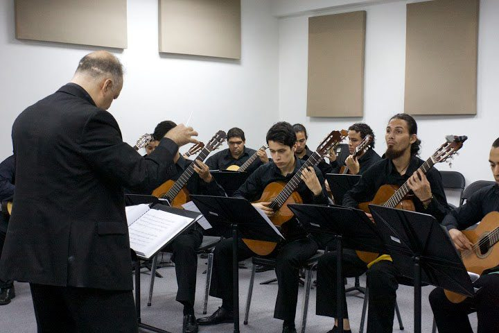 Nace la Orquesta de Guitarras Antonio Lauro rindiendo homenaje a Alirio Díaz