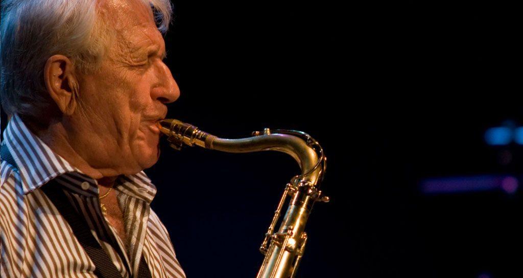 """""""El jazz detestaba a la gente y hasta Miles Davis tocó de espaldas"""""""
