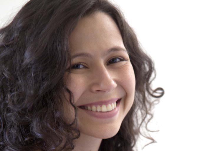 """Vota por Andrea Paola en """"Una canción por la paz"""""""