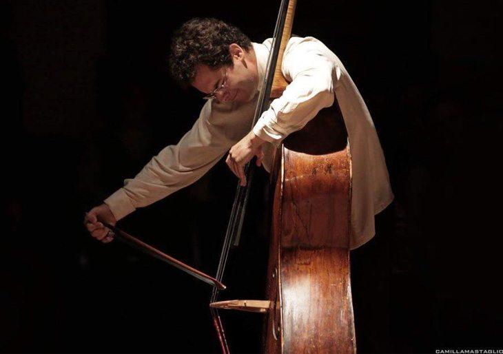 El contrabajista venezolano Edicson Ruiz participará en la clausura del Festival Internacional de Orquestas de Jóvenes en Alicante