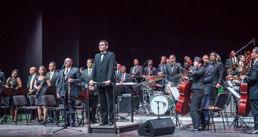 La Banda Sinfónica 24 de Junio del Estado Carabobo hizo historia en el Teatro de la Ópera de Maracay