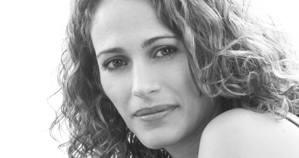 Con Simplemente FadosIliana Goncalves inicia el ciclo Cantorasen el Centro Cultural BOD